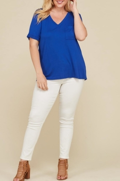 Janette Plus V-Neck Pocket Top - Alternate List Image