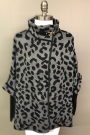 Janice Cheetah Sweater Jacket - Front cropped