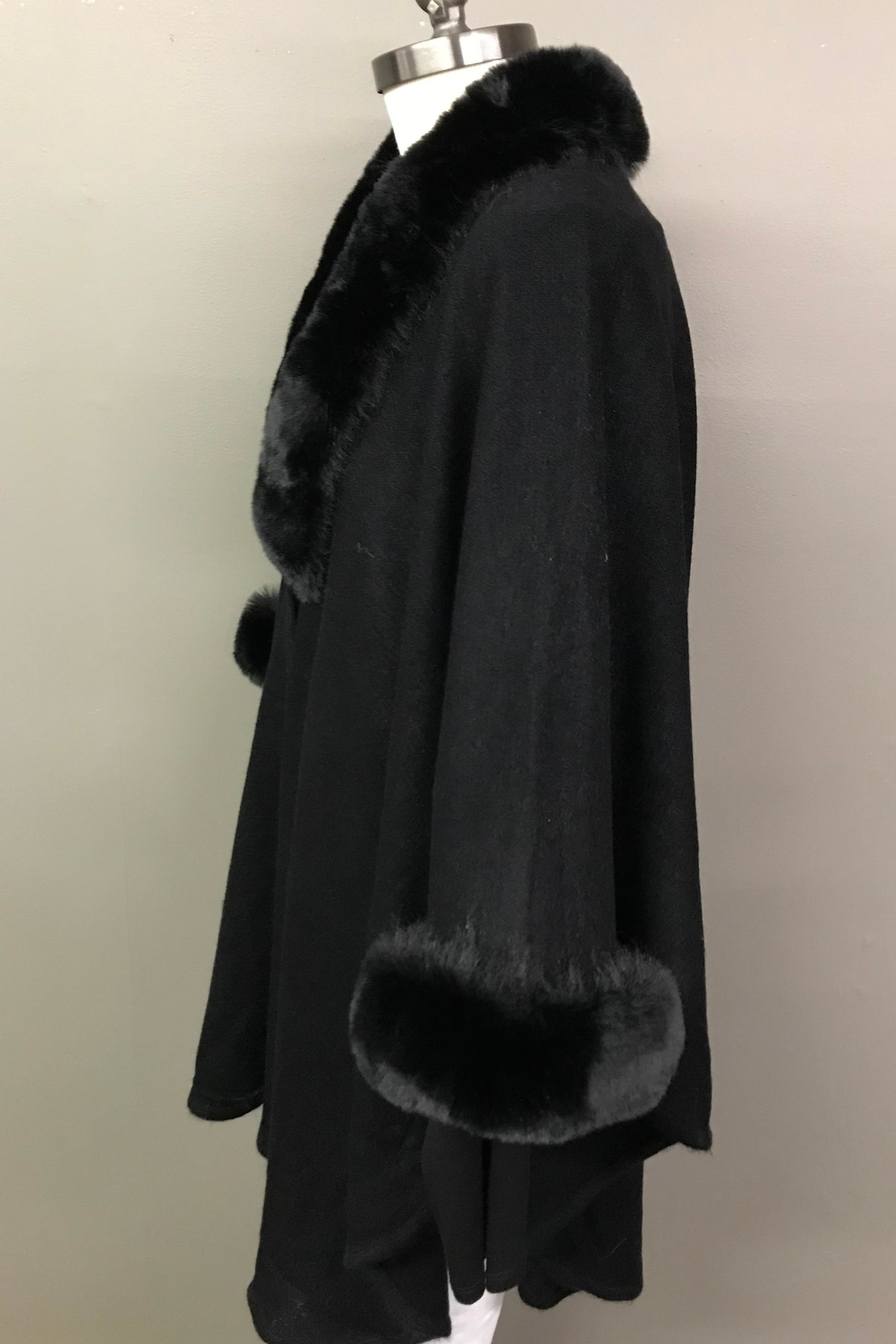 Janice Luxerious Faux Fur Cape - Front Full Image