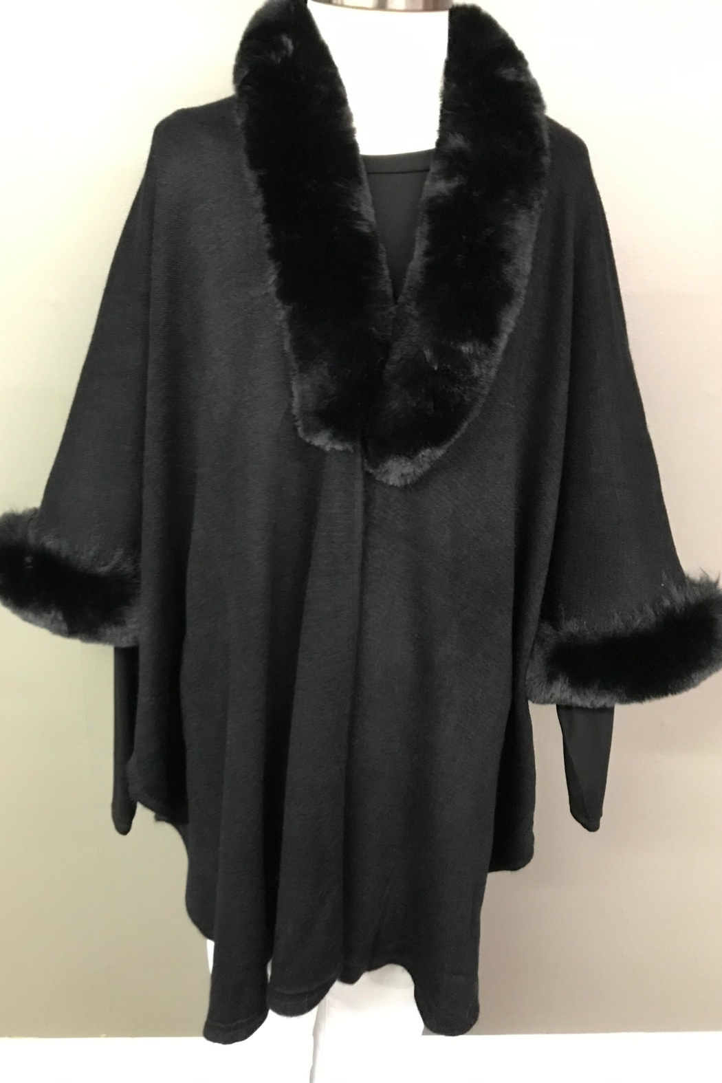 Janice Luxerious Faux Fur Cape - Main Image
