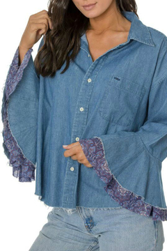ReLove Java Denim Contrast Flutter Slv Top - Alternate List Image