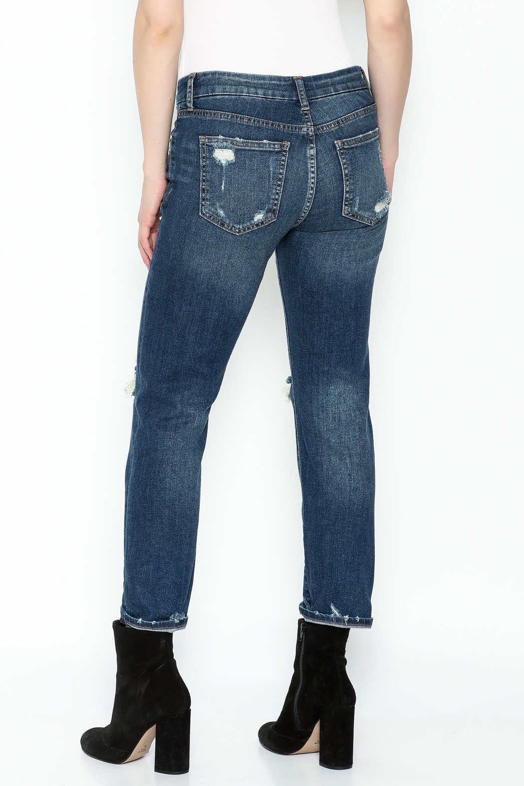 JBD Relaxed High Rise Jean - Back Cropped Image