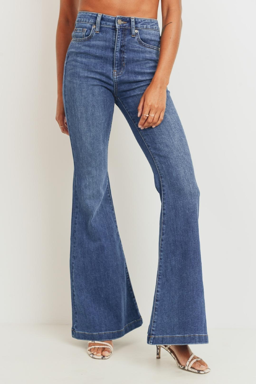 JBD The Cher Ultra High Waist Bell Bottom Jeans - Side Cropped Image