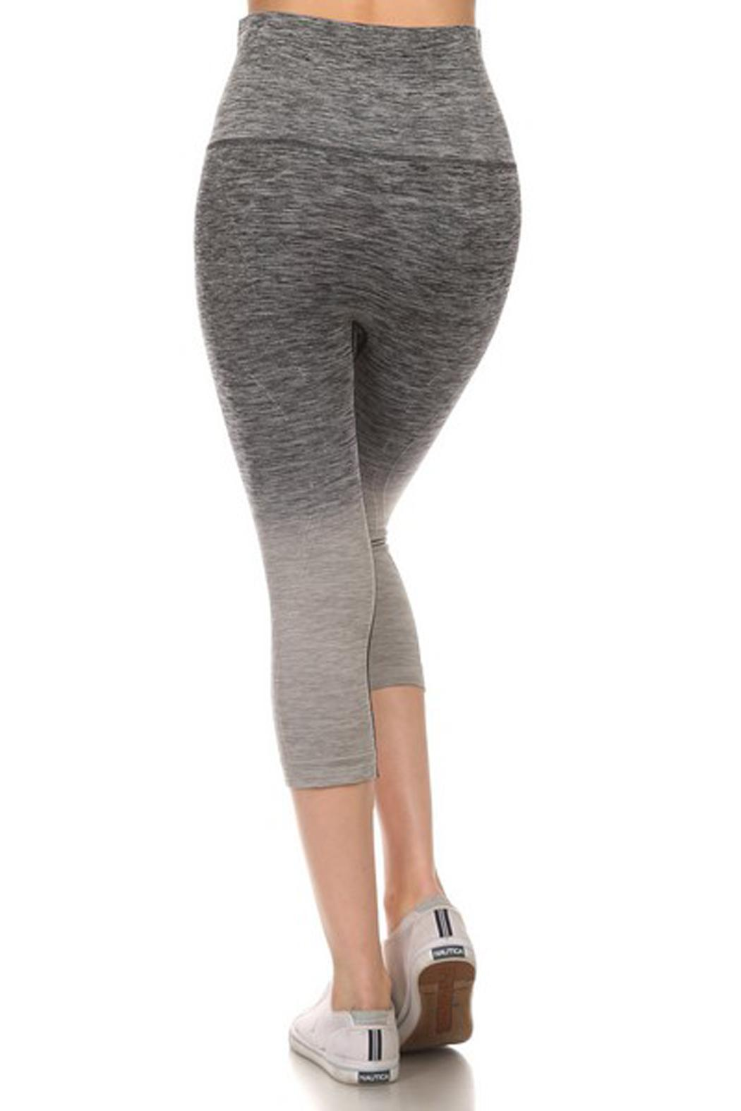 JChronicles Ombre Capri Legging - Side Cropped Image