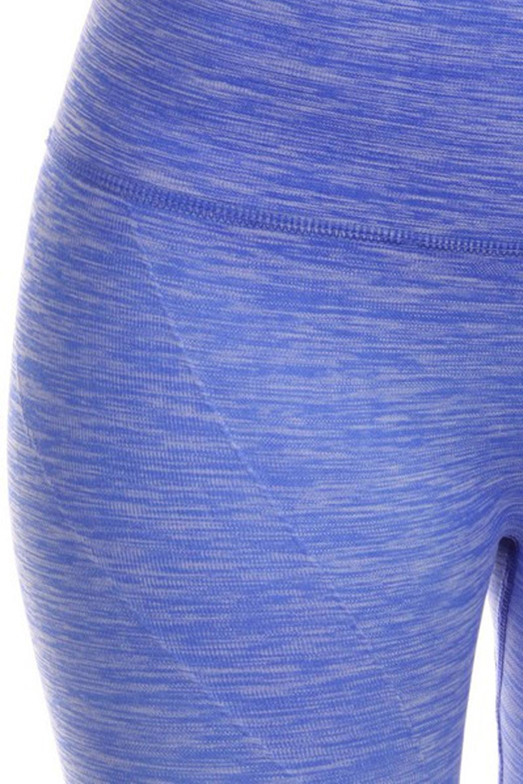 JChronicles Ombree Capri Legging - Back Cropped Image