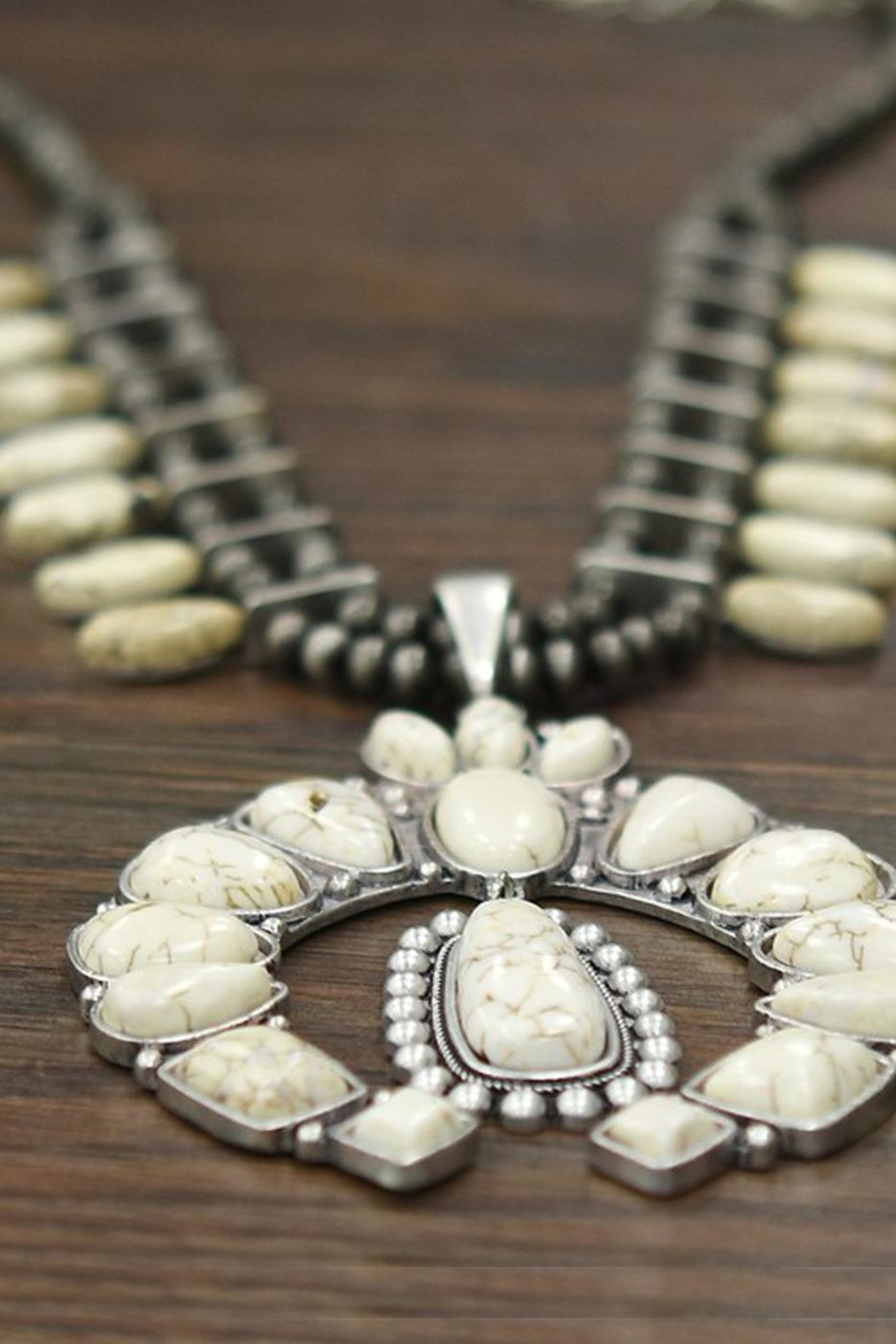 JChronicles Squash-Blossom Natural-White-Turquoise Necklace - Side Cropped Image