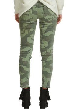 Elan JEANS CAMO W/ ZIPPER PKT DETAIL - Alternate List Image