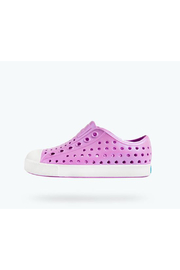 Native Jefferson Iridescent Junior Shoes - Front cropped