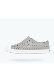 Native Jefferson Junior Shoes - Front cropped