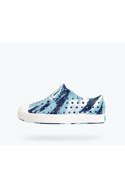 Native Jefferson Marbled Junior Shoes - Front cropped