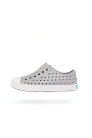 Native Shoes Jefferson Solid/White Shoe - Front full body
