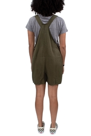 Thread & Supply Jeffrey Short All - Back cropped