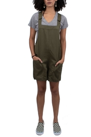 Thread & Supply Jeffrey Short All - Front cropped