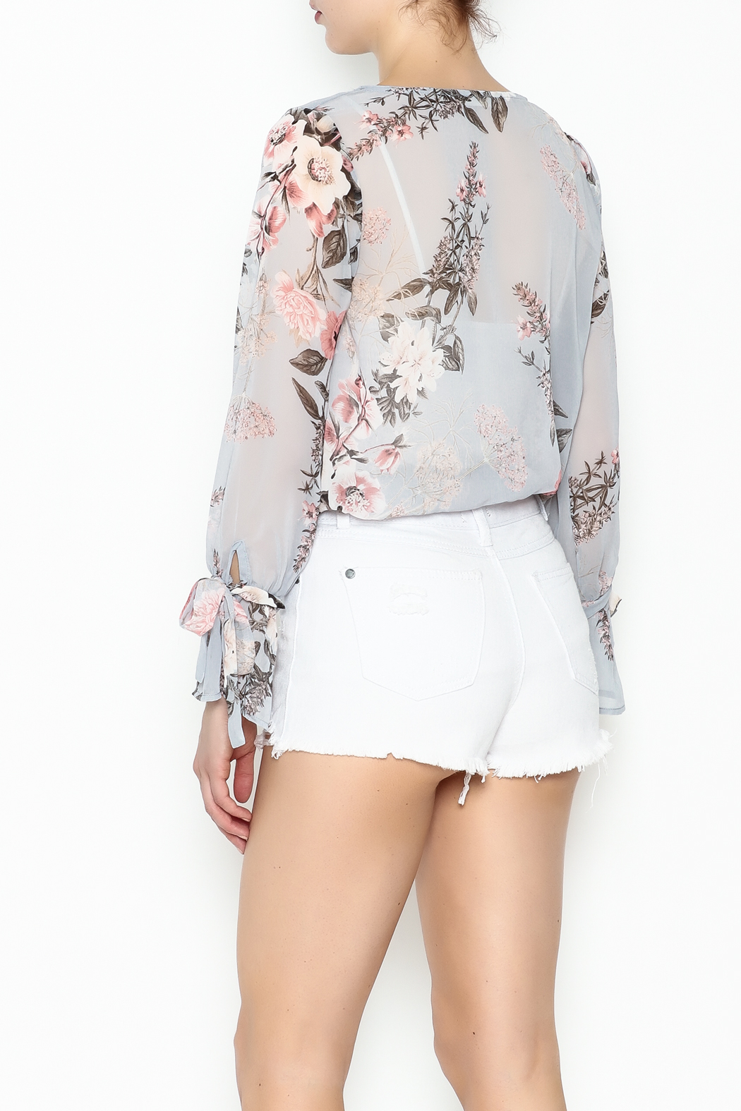 jella c Floral Print Top - Back Cropped Image
