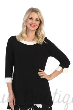 Jess and Jane Jess & Jane Soft Drape Knit Tunic Black White Contrast - Alternate List Image