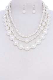 Jewellery Pearl Cluster Set - Front cropped