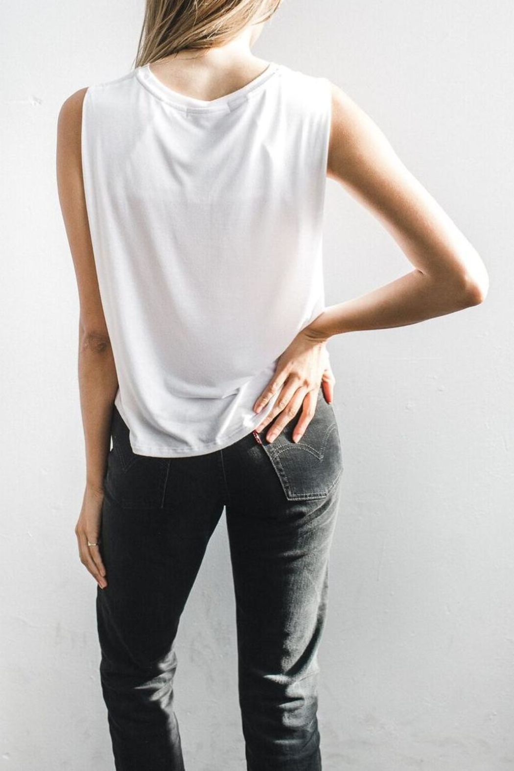 Joah Brown Classic Tank Top - Side Cropped Image