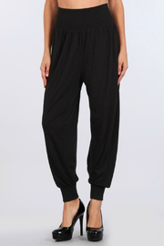 M.Rena Jogger pant with cuff rib - Front cropped