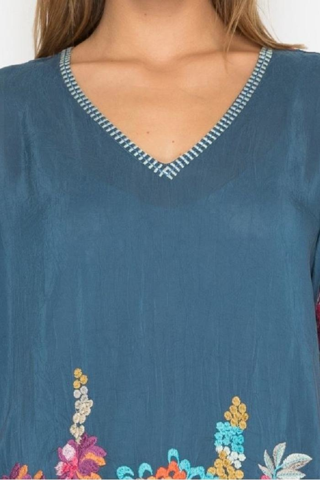 Johnny Was Araxi Evening Tunic - Side Cropped Image