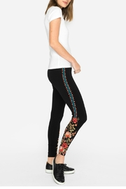 Johnny Was Libbie Legging - Front cropped
