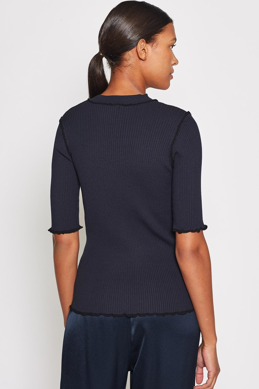 Joie Thorna Sweater Midnight - Side Cropped Image