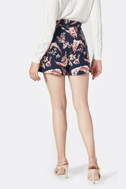Joie Varsha Short - Front full body