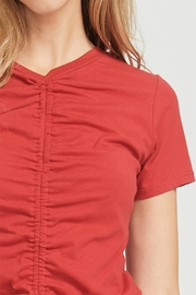Jolie Rouched Tee - Back cropped