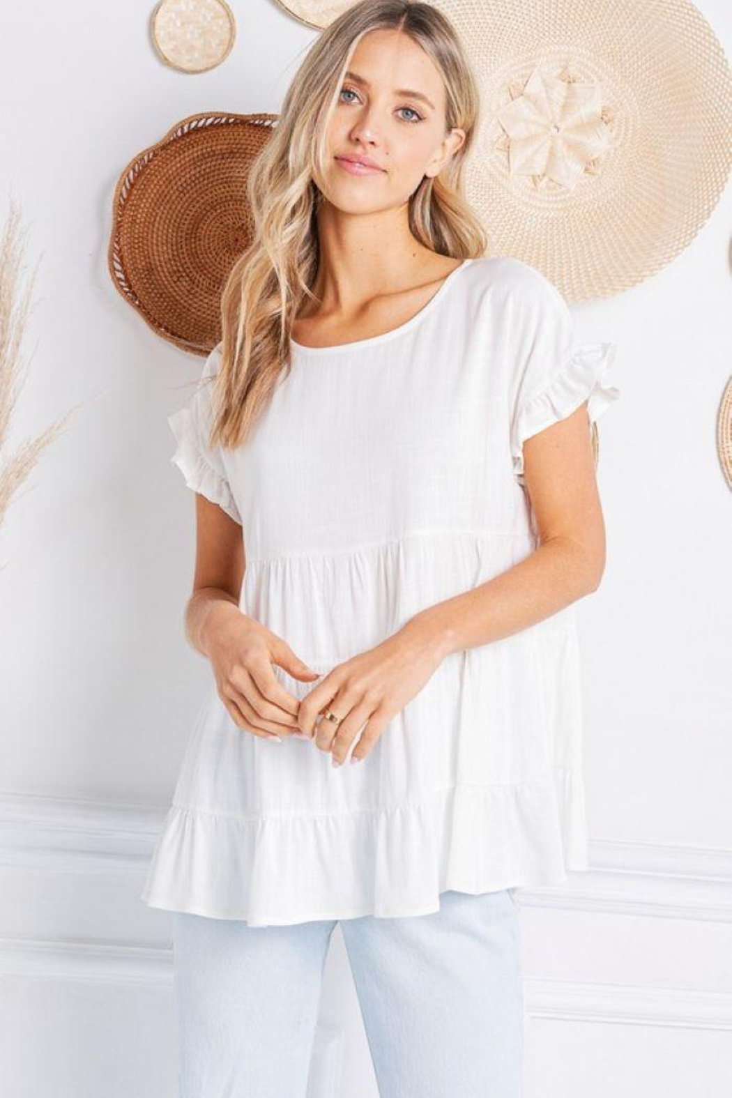 Jolie Ruffle Sleeve Tiered Top - Side Cropped Image