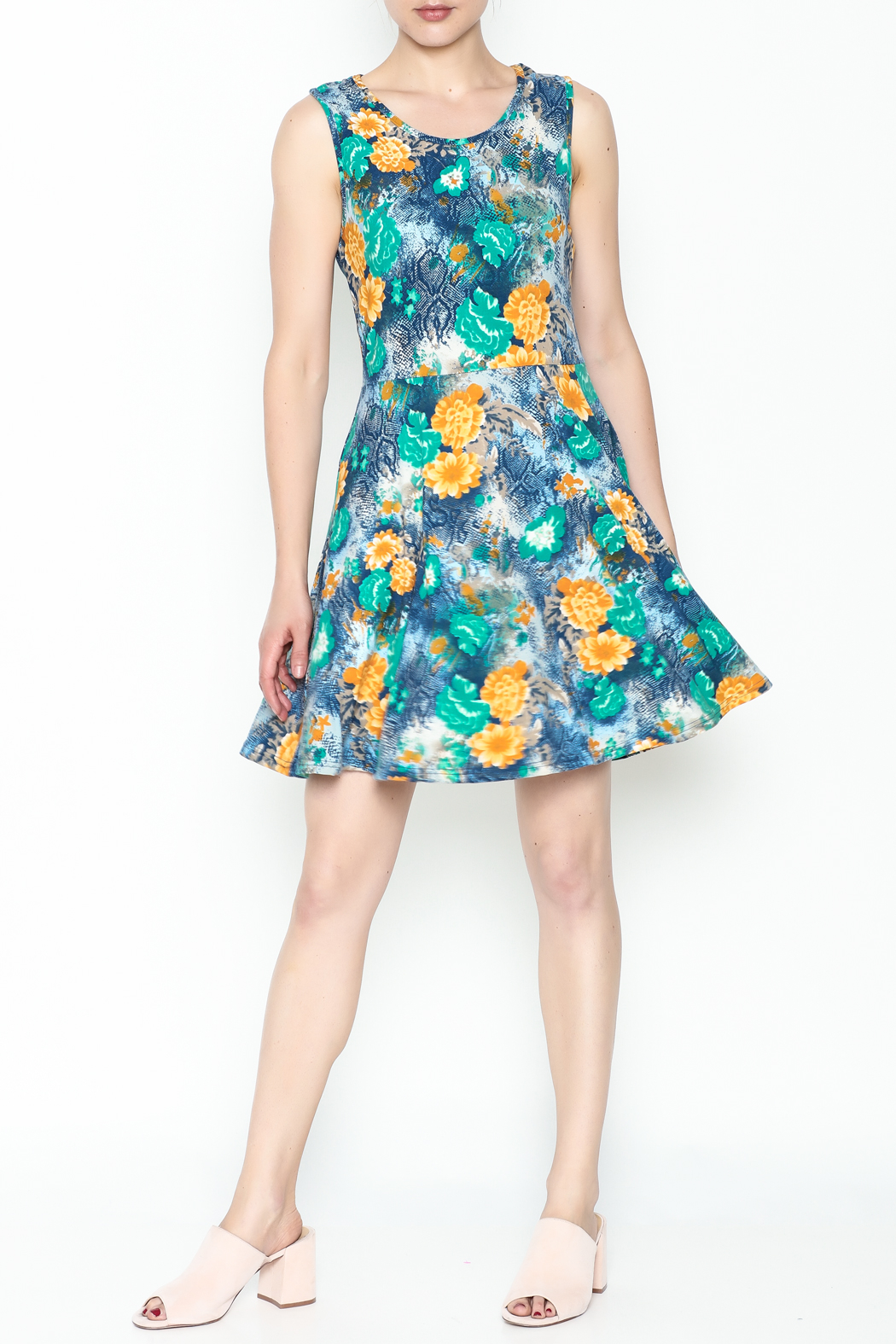 Jon & Anna Green Floral Dress - Side Cropped Image