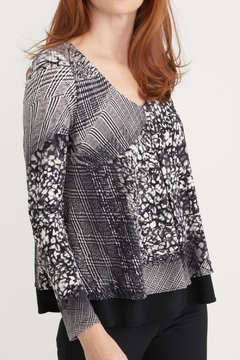 Joseph Ribkoff V Neck Layer Print - Product List Image