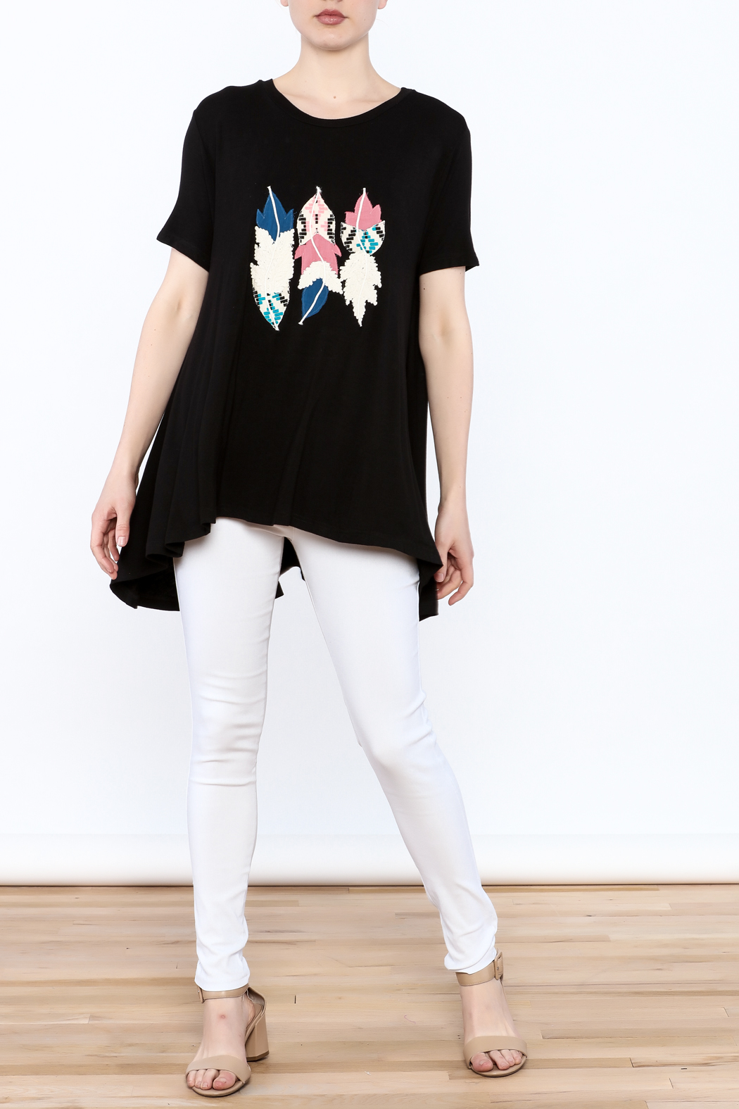 Judith March Feather Applique Top - Side Cropped Image