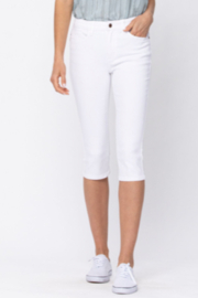 Judy Blue Mid-rise capri - Front cropped