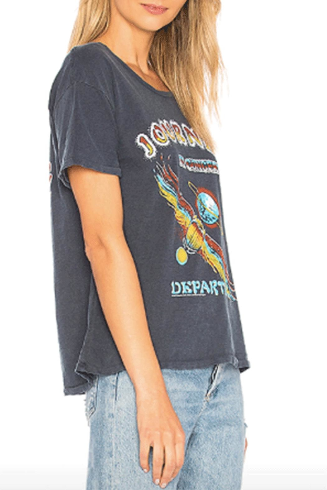 Junk Food Clothing Journey Concert Tee - Side Cropped Image