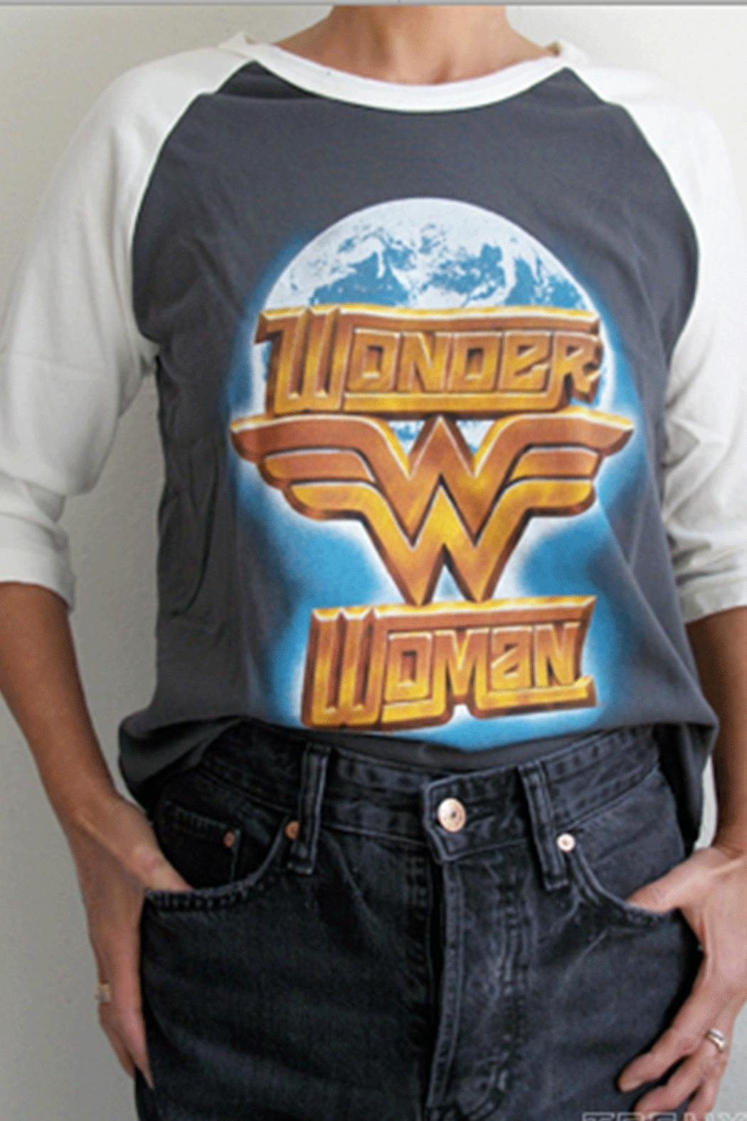 Junk Food Clothing Wonder-Woman Globe Raglan - Main Image