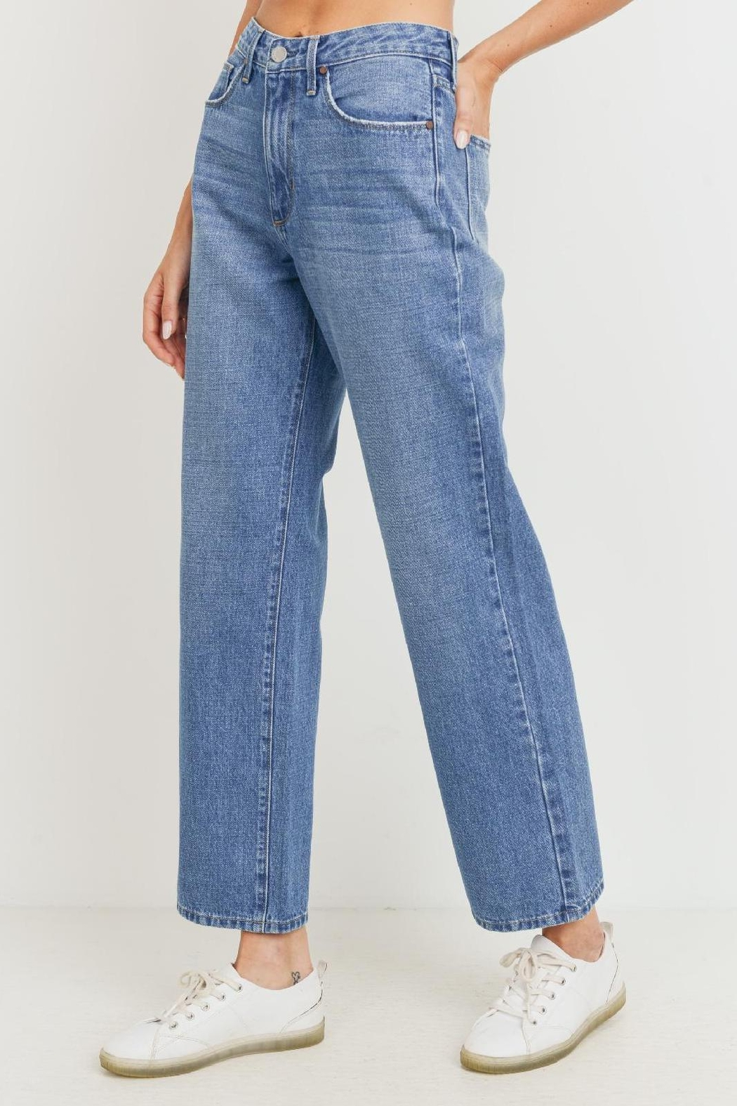 just black Dad Jean (Usa Made) Ultra High Waist 100% Rad. - Front Cropped Image
