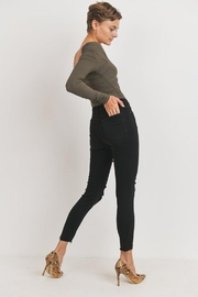 Just Panmaco Inc. The Femme Skinny - Side cropped