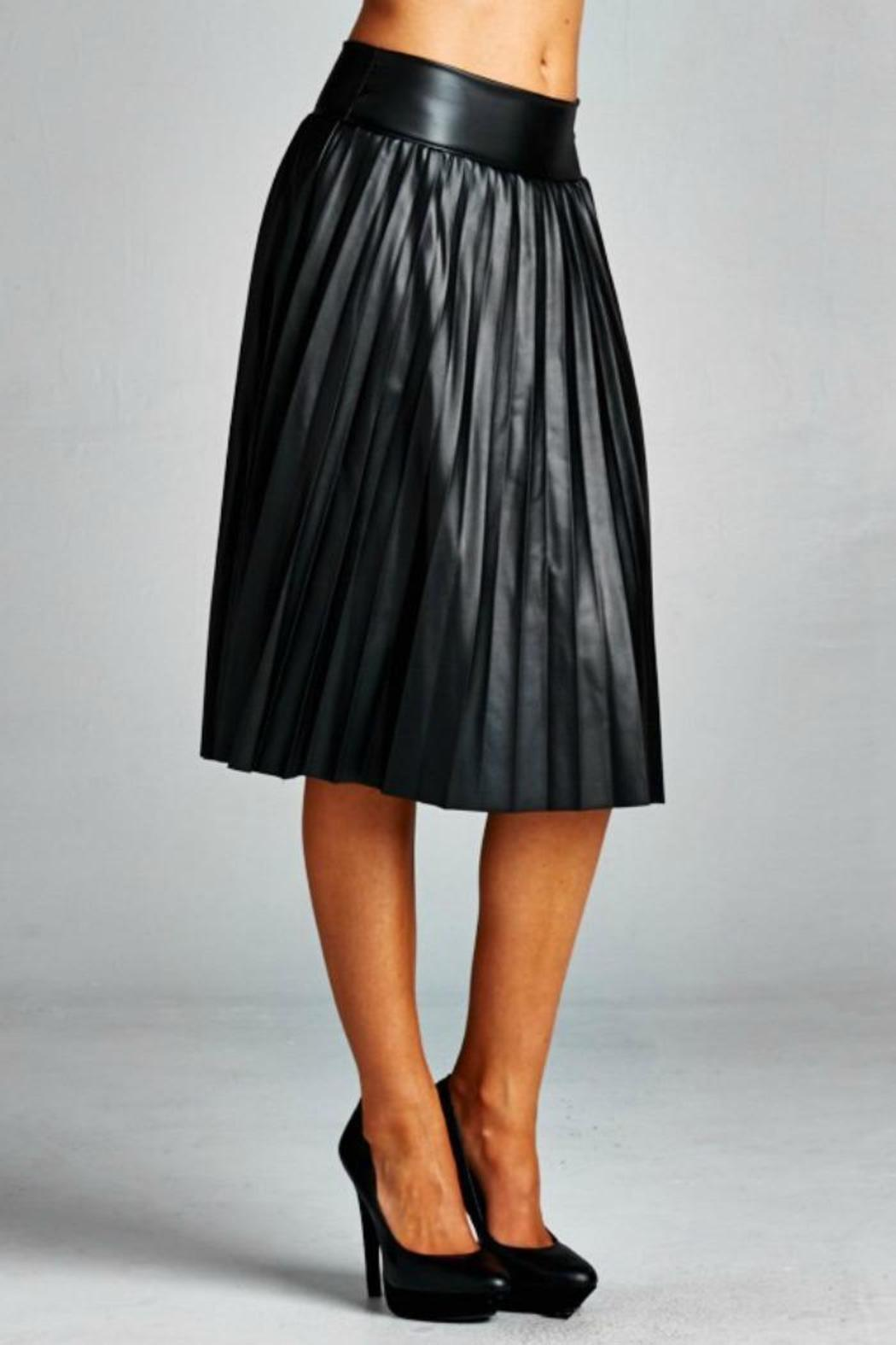 jw signature pleated pleather skirt from new york by