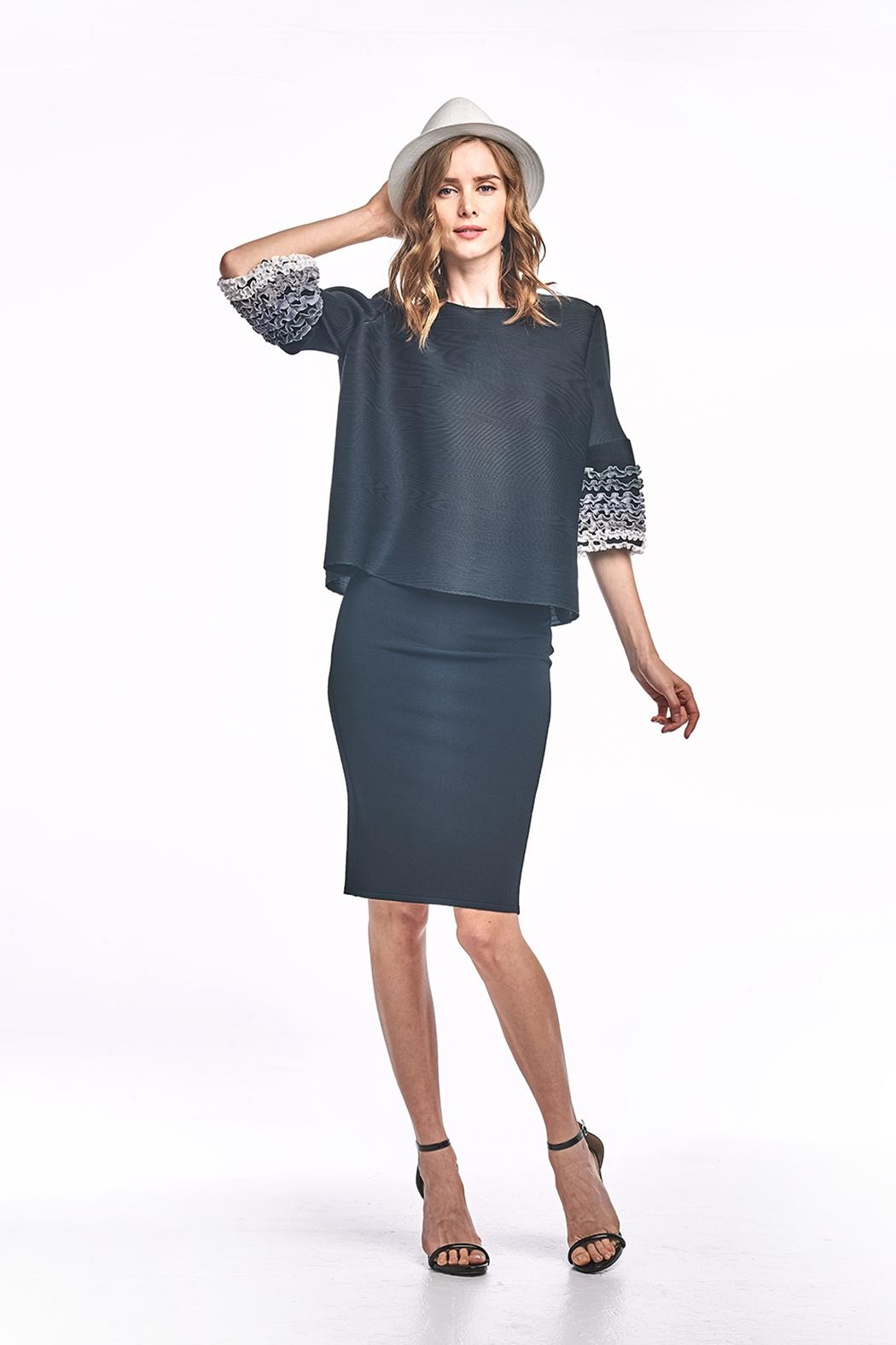 Nabisplace Kaia Pleated Top - Side Cropped Image