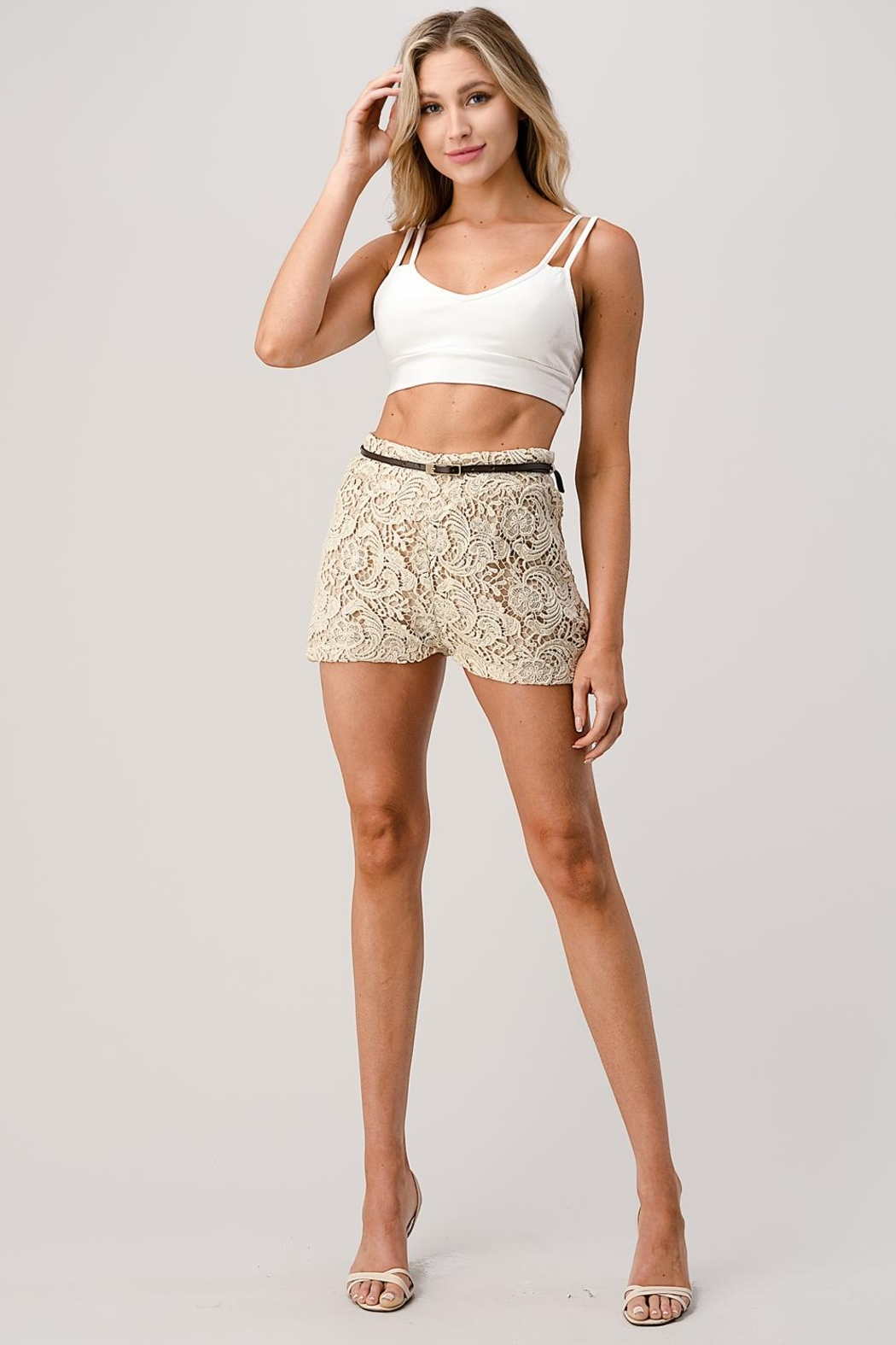 Kaii Fully Lined Belted Shorts In Crochet Lace - Side Cropped Image