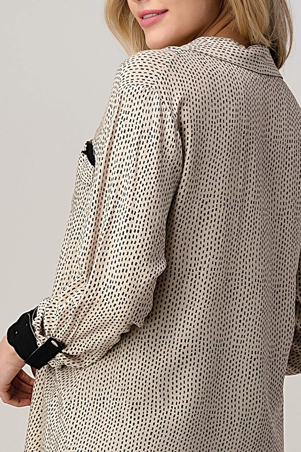 Kaii High-Low Shirt Top Hemmed And Rolled Up Sleeves - Side Cropped Image