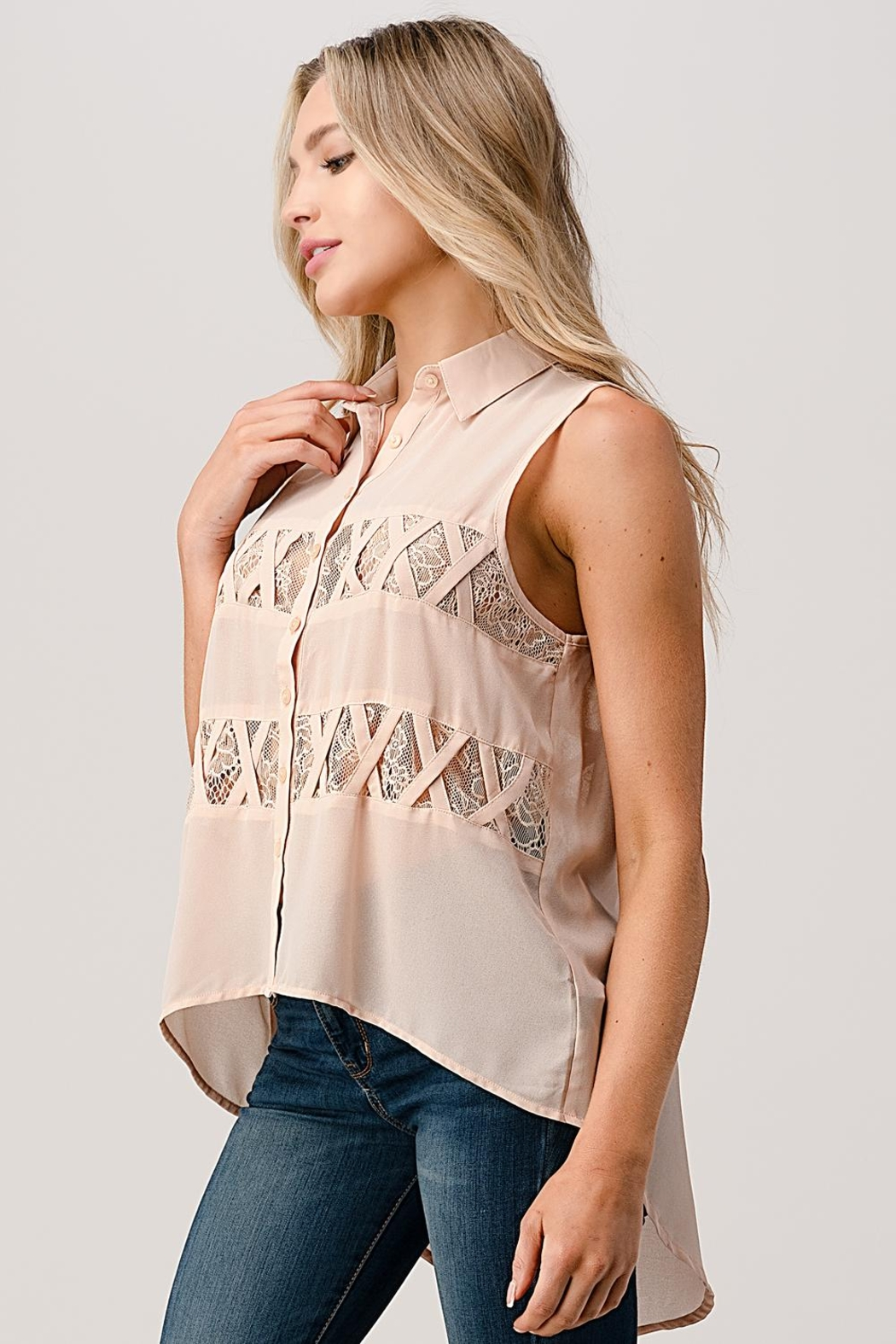 Kaii Sleeveless High Low Hemmed With Lace Shirt - Front Full Image