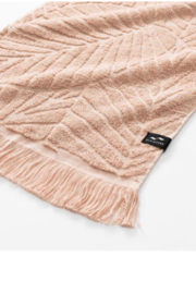 Slowtide Kalo Hand Towel - Front cropped