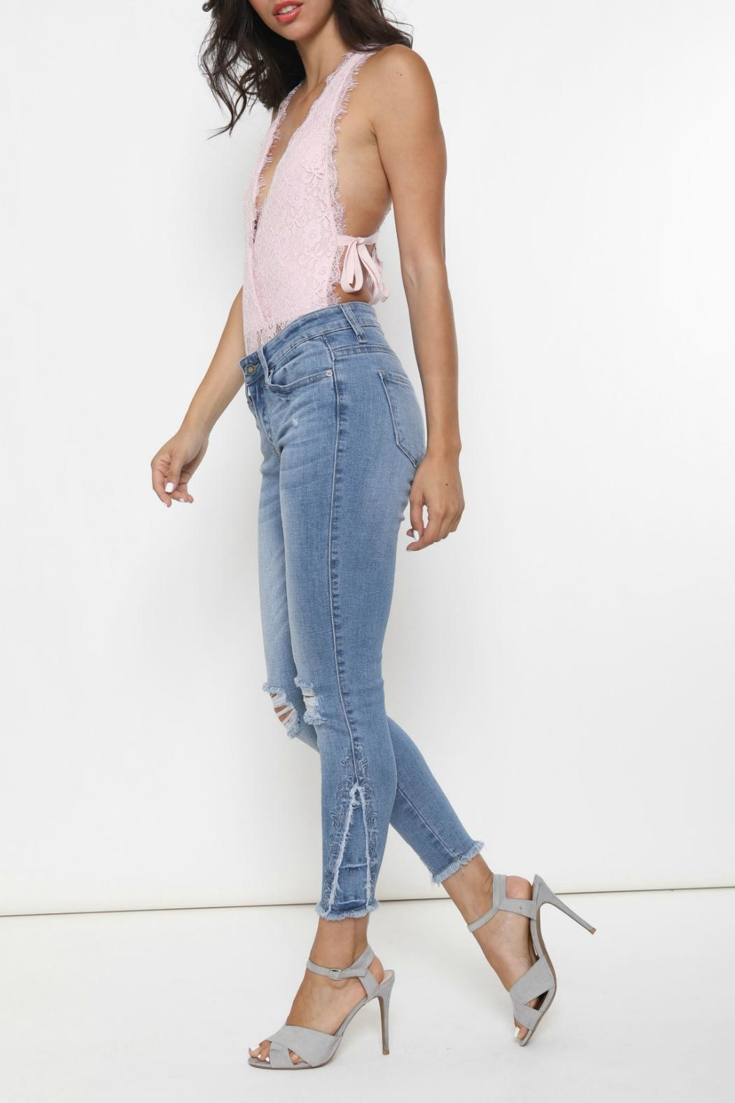 Kan Can Stella Embroidered Skinny - Side Cropped Image