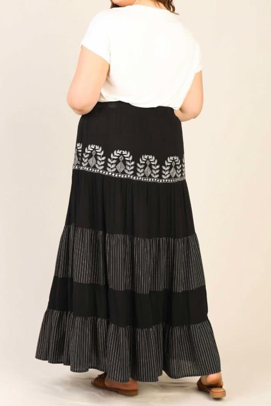 Karen Michelle Plus-Size Embroidered Maxi Skirt - Side Cropped Image