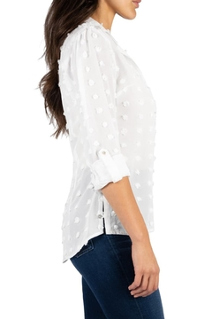 Kut from the Kloth KATE BLOUSE - Alternate List Image