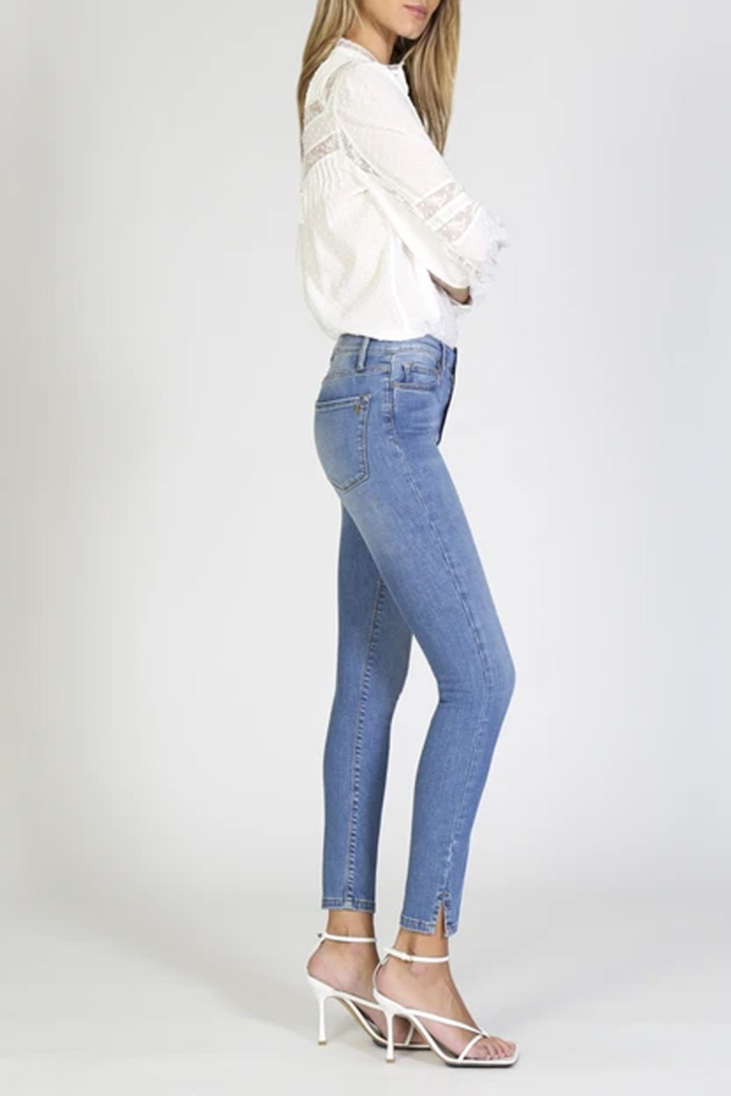 Black Orchid Kate Super High Rise Skinny Jean - Side Cropped Image