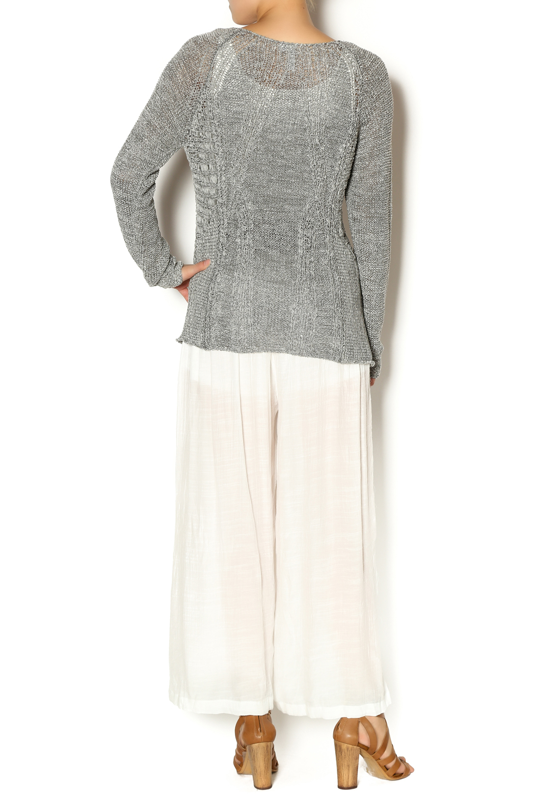 Katherine Barclay Gray Knit Sweater - Side Cropped Image