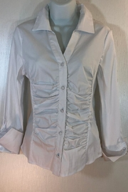 Katherine Barclay White Buttonup Shirt - Front cropped