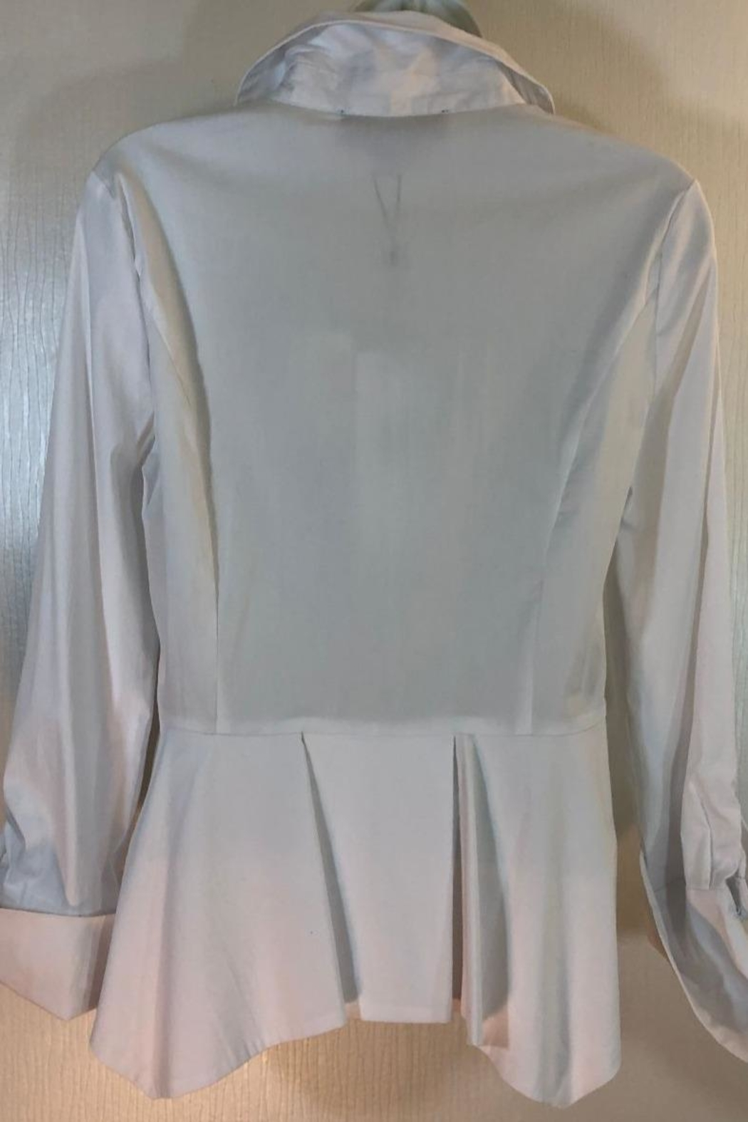 Katherine Barclay White Buttonup Shirt - Front Full Image