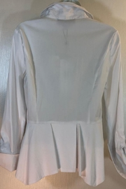 Katherine Barclay White Buttonup Shirt - Front full body
